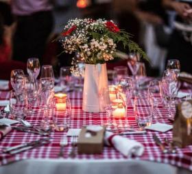 Réception de mariage au Cercle Colbert  sur le théme de la guinguette