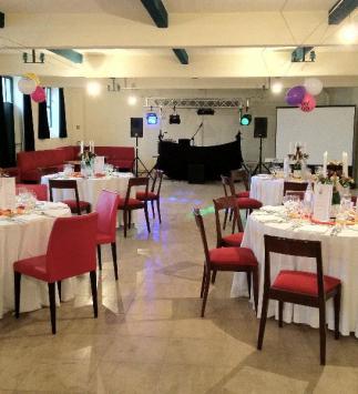 Réception d'anniversaire chez Champagne De Cazanove - Salle Cazanova